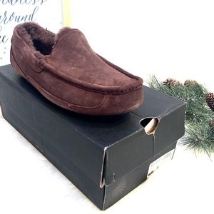 🆕 UGG Ascot Chocolate Men's Suede shoes slippers